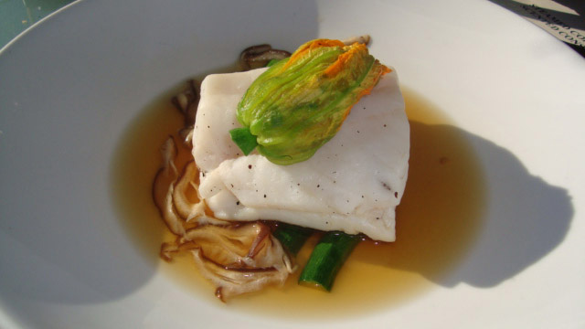steamed-coral-trout-640x360