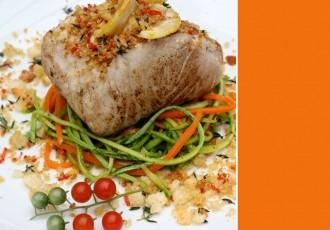 robalo-com-farofa-de-pao-e-fettuccinede-legumes-2-(leticia-massula-para-cozinha-da-matilde)