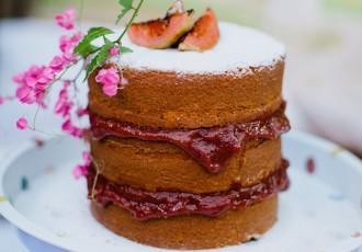 naked-cake-de-fuba-com-goiabada-(flavia-valsani-para-cozinha-da-matilde)