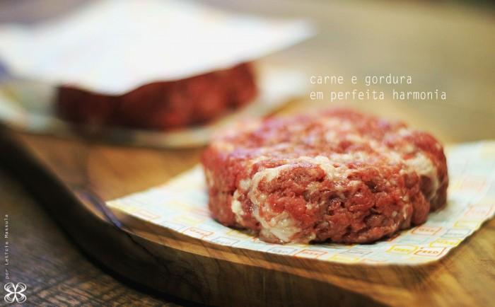 hamburguer-carne-e-gordura-(leticia-massula-para-cozinha-da-matilde)