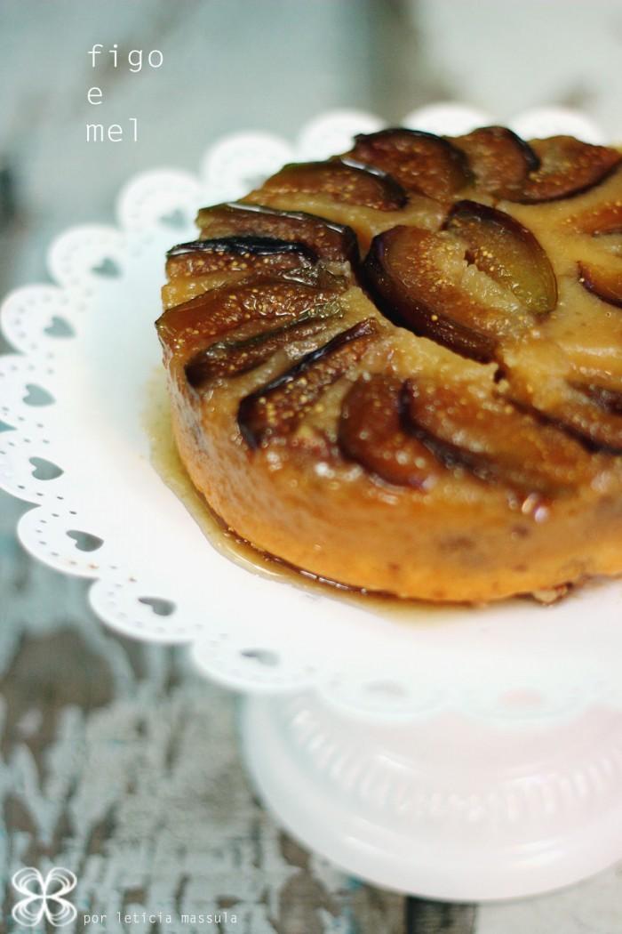 bolo-invertido-de-figo-e-mel-3-(leticia-massula-para-cozinha-da-matilde)