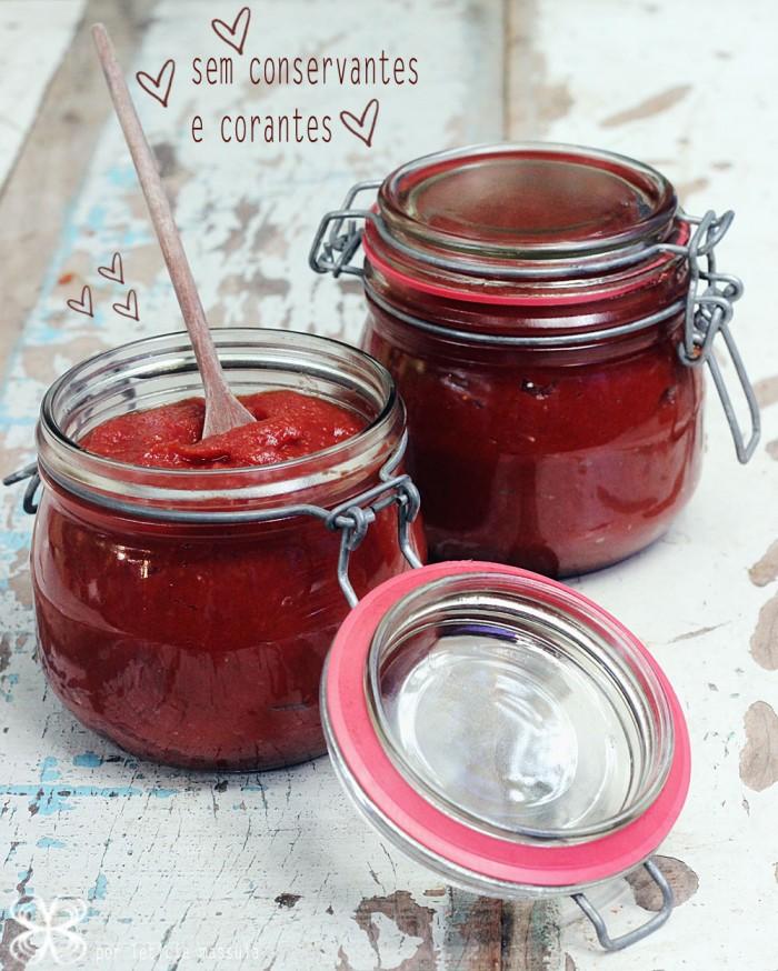 ketchup-DIY-feito-em-casa-sem-coinservantes-e-corantes-(leticia-massula-para-cozinha-da-matilde)